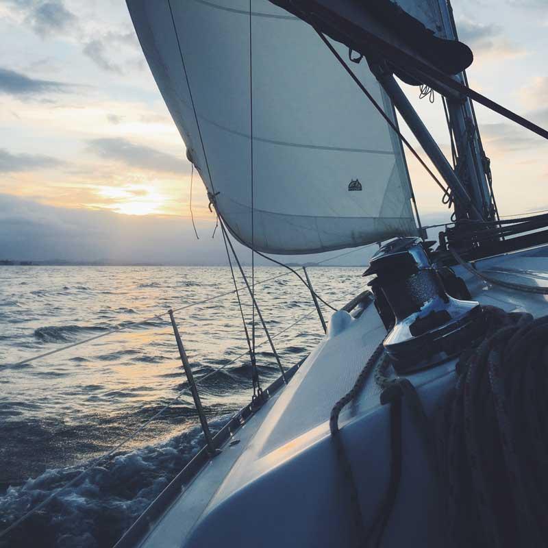 kleje do łódek, kleje do jachtów